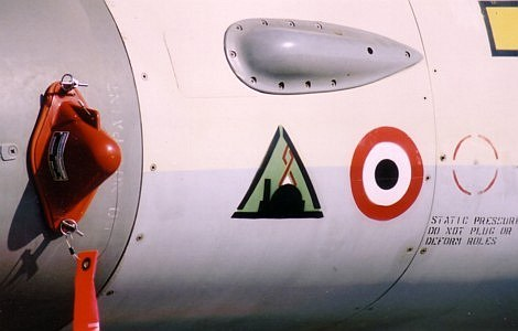 ciaf04-iaf-f16a-markings.jpg