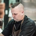 Márfi Gábor séf az Aranyhal Vendéglő konyhájának élén