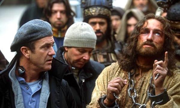 Mel-Gibson-and-Jim-Caviez-007.jpg