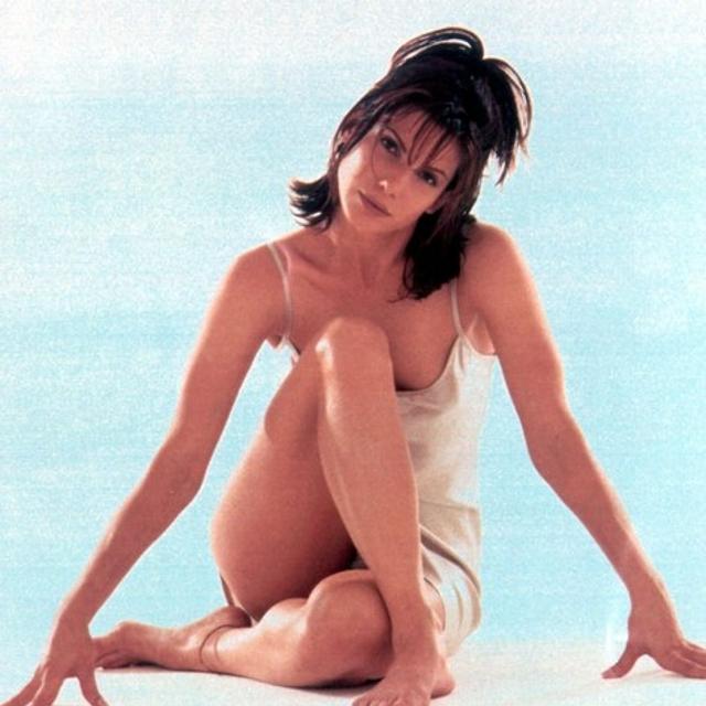 Sandra Bullock hot 5.jpg