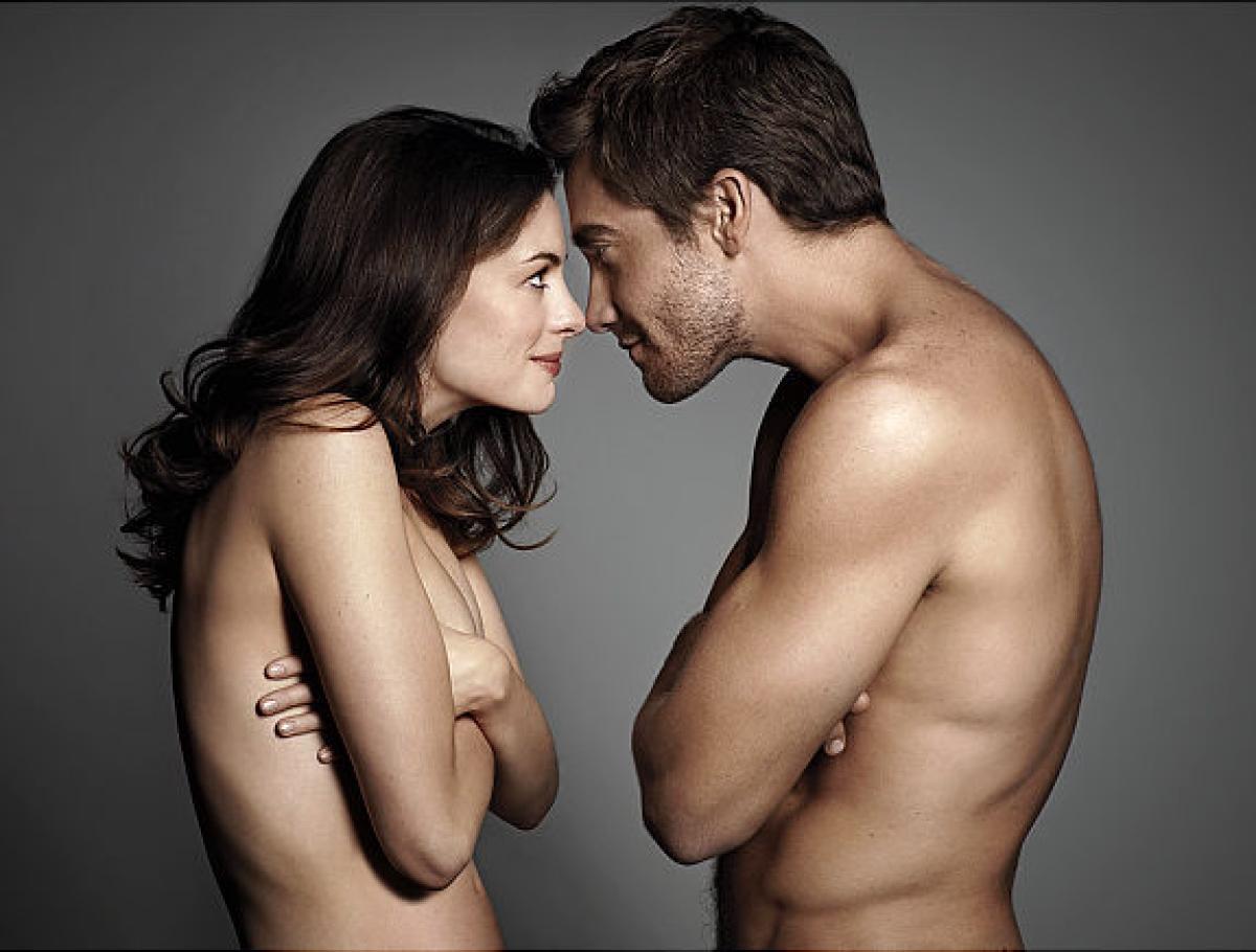 gal-nude-scene-anne-hathaway-jake-gyllenhaal-3-jpg.jpg