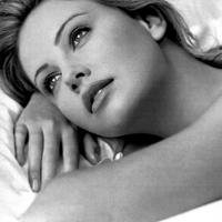 Charlize Theron Playboy fotói