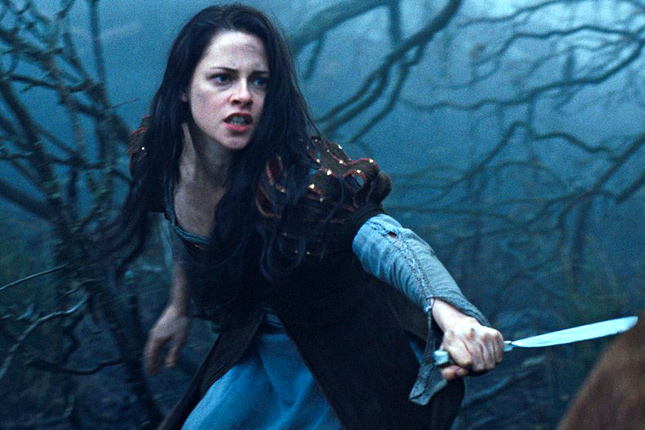 20120604-snow-white-and-the-huntsman1.jpg