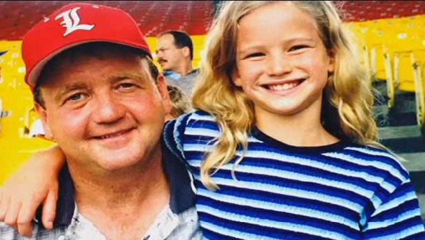 Jennifer-Lawrence-Childhood-Photos-Father.jpg