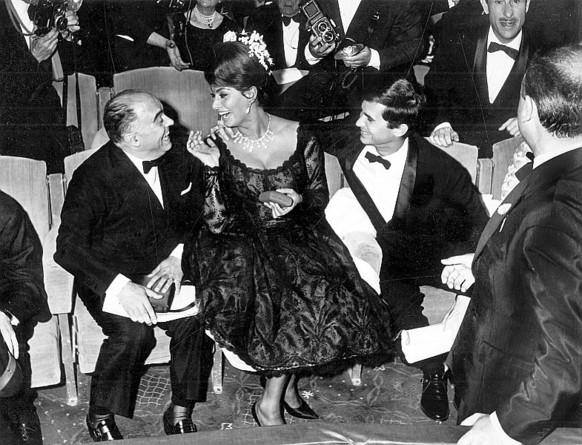 Carlo Ponti, Sophia Loren és Anthony Perkins.
