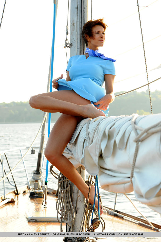 set-sail-with-stunning-suzanna-a-01.jpg