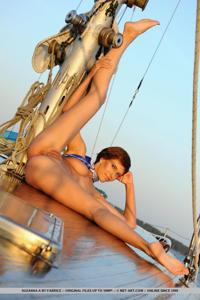 set-sail-with-stunning-suzanna-a-12.jpg