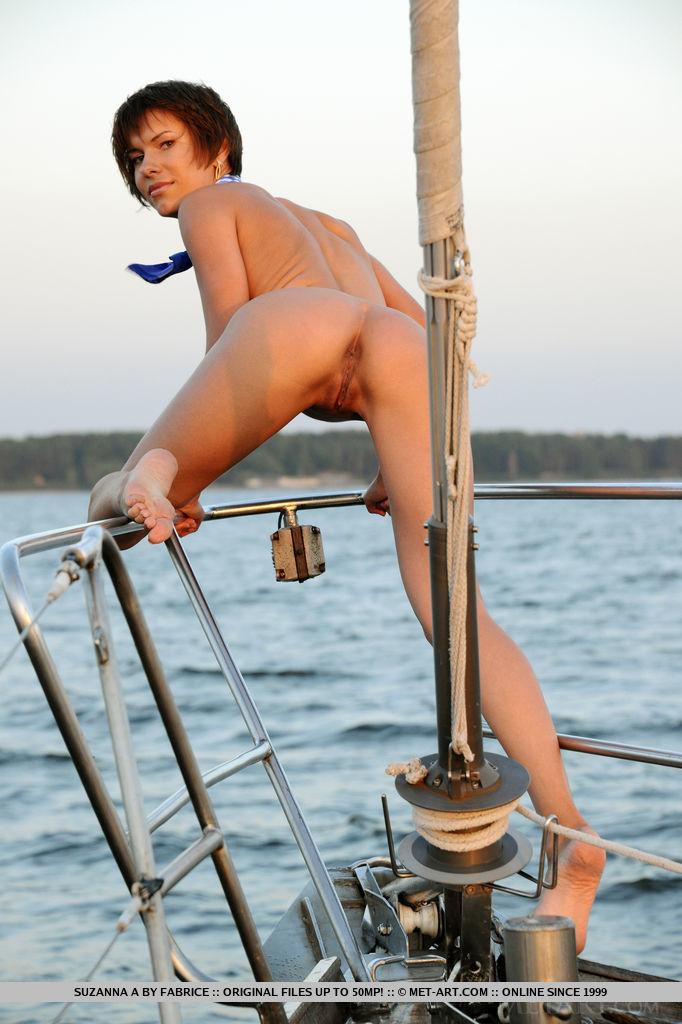 set-sail-with-stunning-suzanna-a-14.jpg