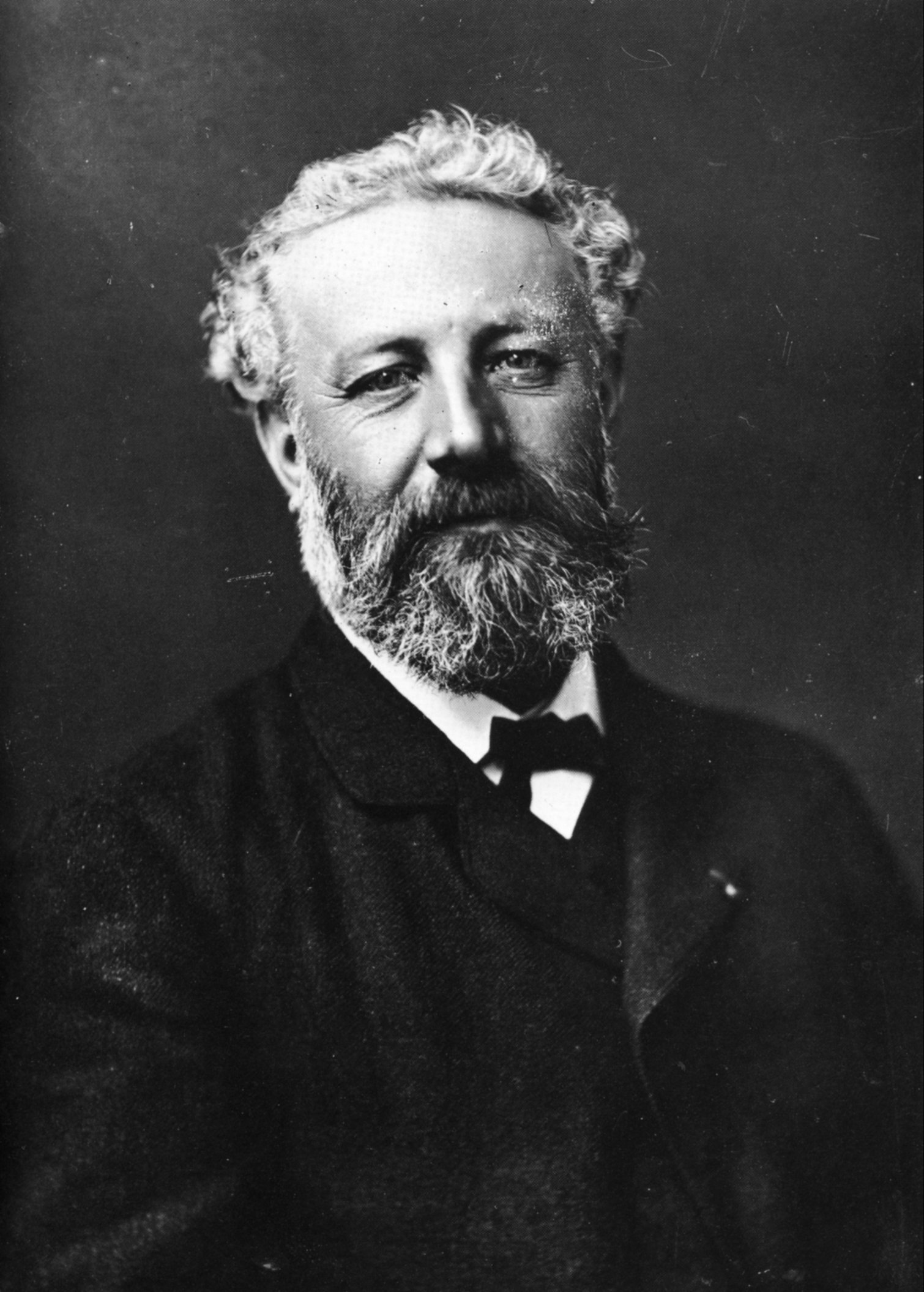 Félix_Nadar_1820-1910_portraits_Jules_Verne.jpg