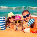 Ezekre a dolgokra mindenképpen szükséged lesz, ha tengerparti nyaralást tervezel a gyerekekkel