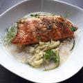 Tökfőzelék, nyers cukkini, grillezett hal