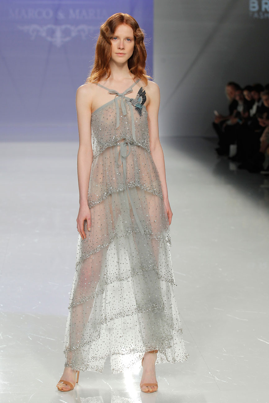 2-barcelona-bridal-week-eskuvo-classic-alice-blog-menyasszonyi-ruha-marcomaria_02.jpg