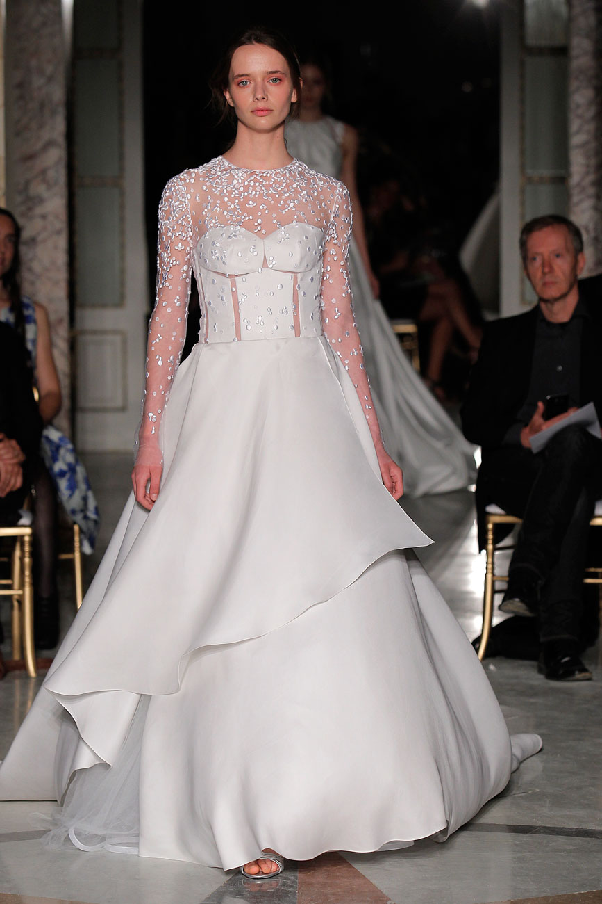 5-barcelona-bridal-week-eskuvo-classic-alice-blog-menyasszonyi-ruha-angelasanchez_053.jpg
