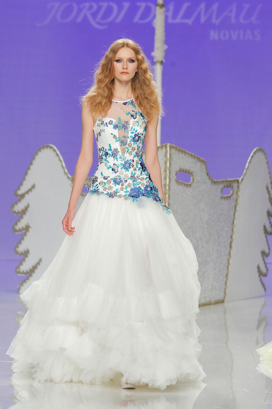 7-barcelona-bridal-week-eskuvo-classic-alice-blog-menyasszonyi-ruha-jordidalmau_45.jpg