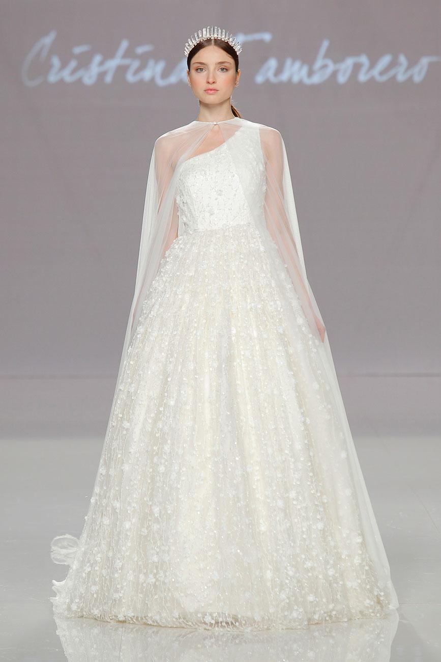 8-barcelona-bridal-week-eskuvo-classic-alice-blog-menyasszonyi-ruha-cristinatamborero_048.jpg