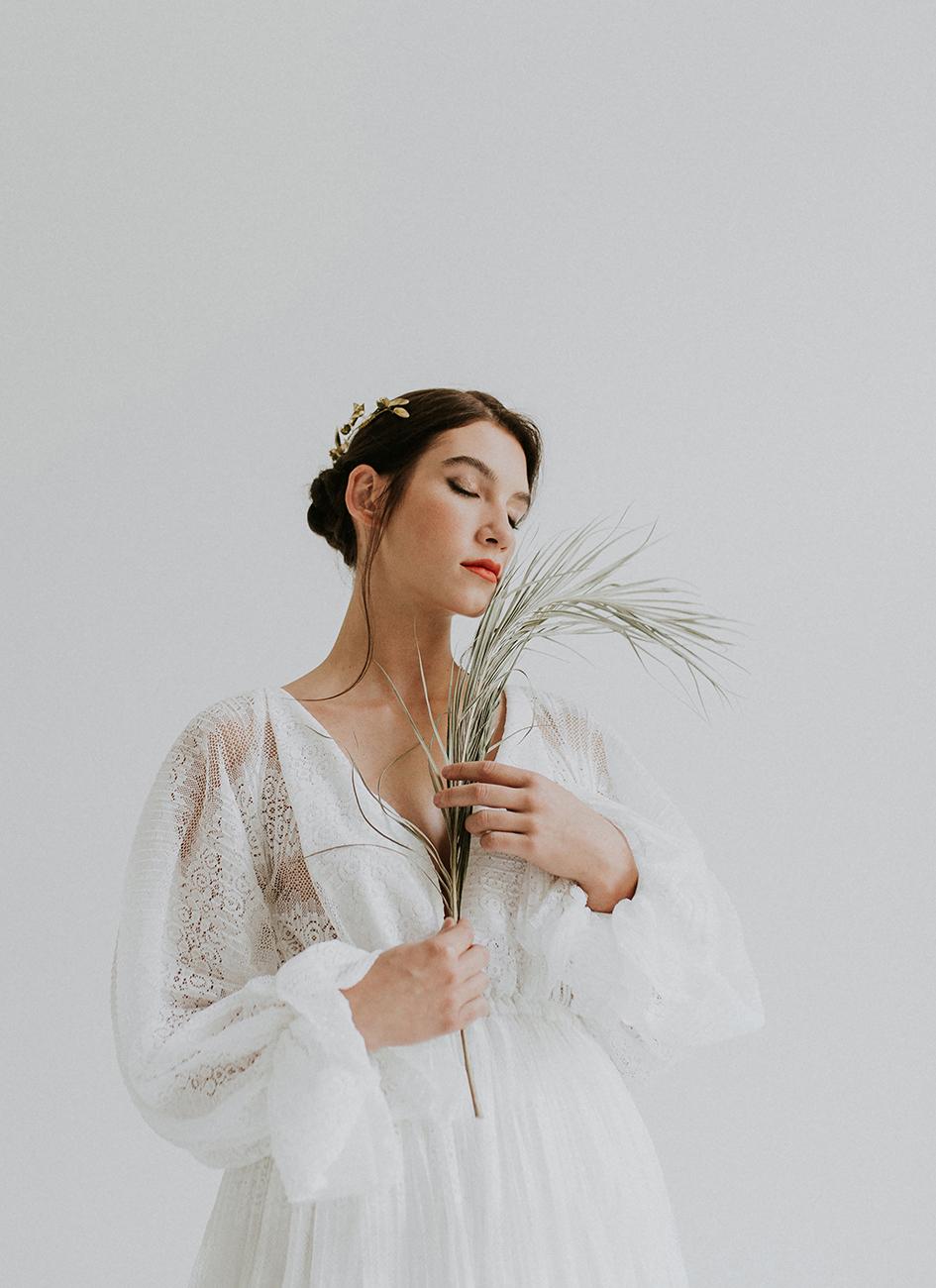 eskuco-classic-viseljhazait-menyasszonyi-ruha-tervezo-hey-darling-foto-jagity-fanni.jpg