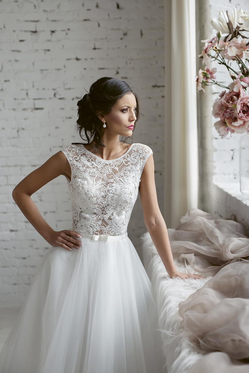 eskuco-classic-viseljhazait-menyasszonyi-ruha-tervezo-tarjani-andrea-foto-kollarik-agnes.jpg