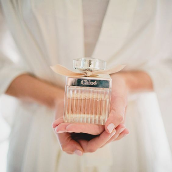 eskuvo-classic-menyasszony-parfum1.jpg