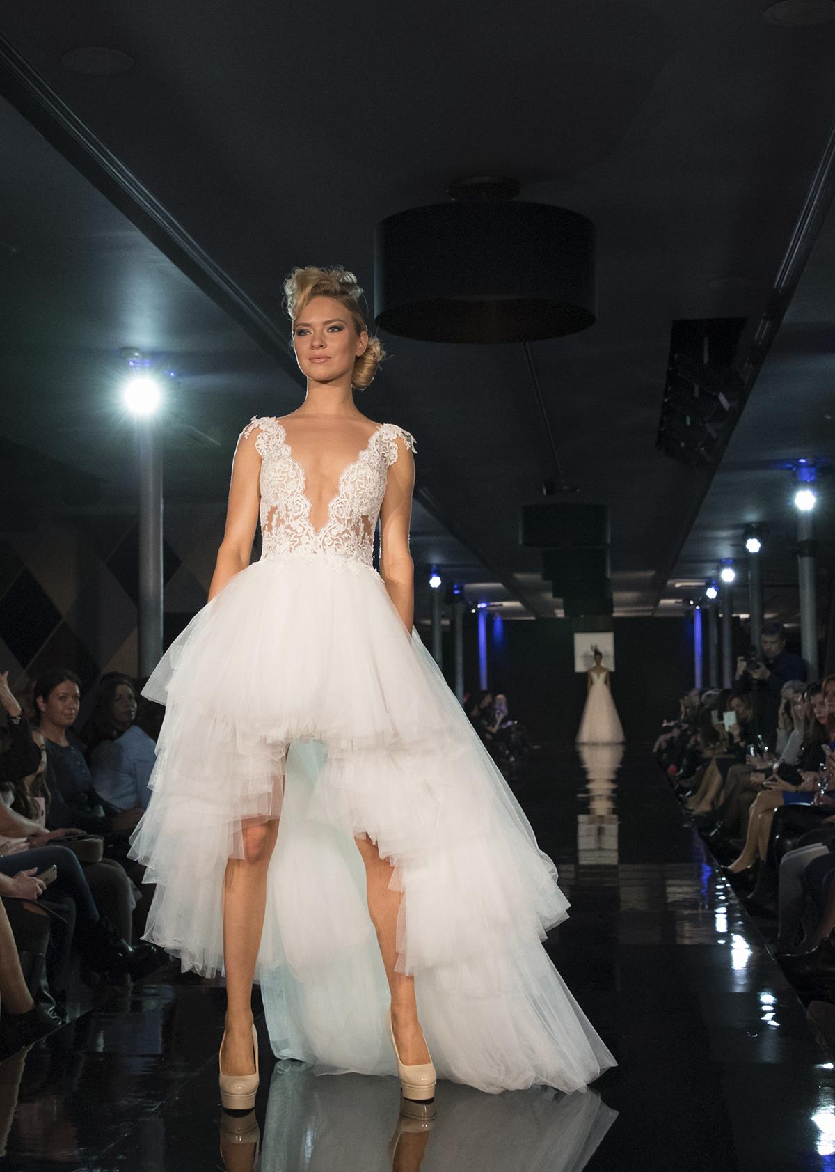 34d4f0c053 Menyasszonyi ruha, amit rád öntöttek – Így válassz ruhát a ...