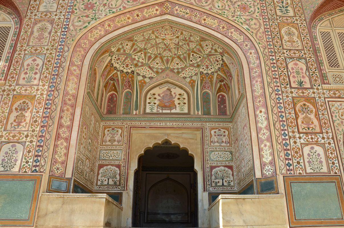 18_jaipur_amber_fort_ganesh_pol_gate.jpg