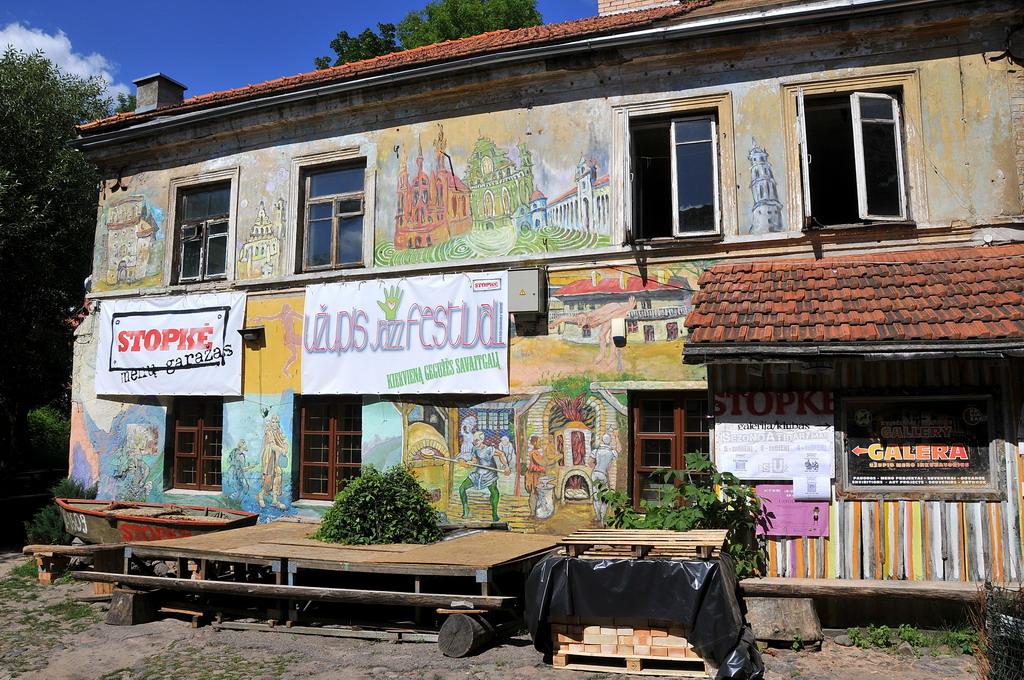 graffiti_u_upis_vilnius.jpg