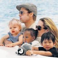 Jolie és Pitt provanszi birtokot lízingel