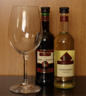 Nem a pohár nagy, a palackok kicsik