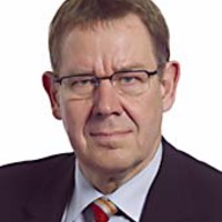 Brüsszelből éljenzik Gyurcsány Ferencet