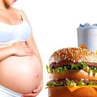 A Terhes Nő lélektana, első kör: a kaja