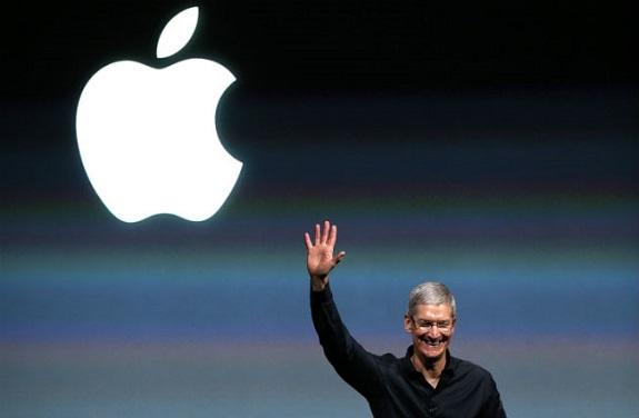 tim-cook-apple-logo.jpg