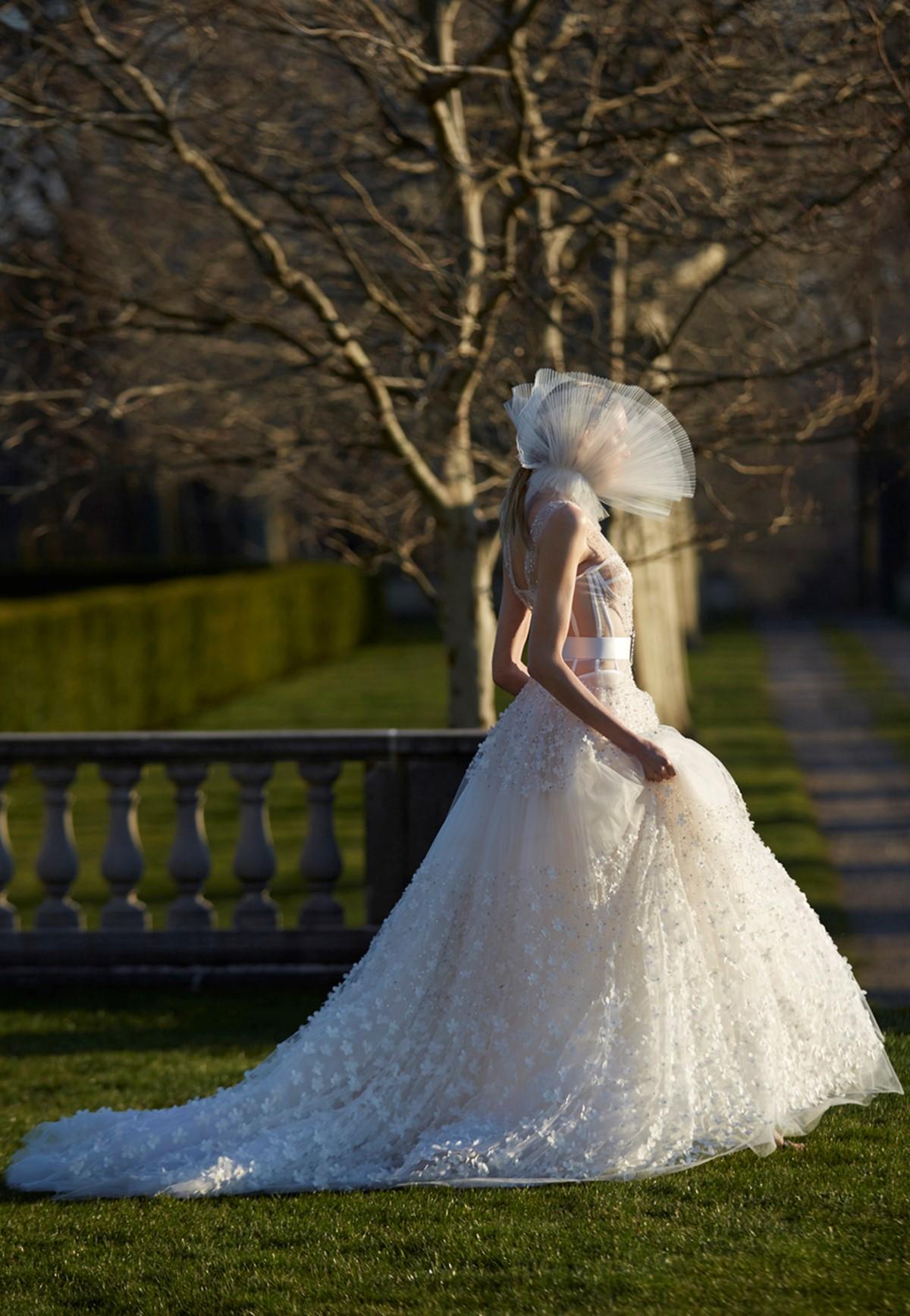 2017 tavaszi menyasszonyi ruha trendek 9f94a45cd0
