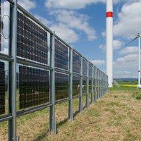 Mind a két oldalán termel áramot az új napelem