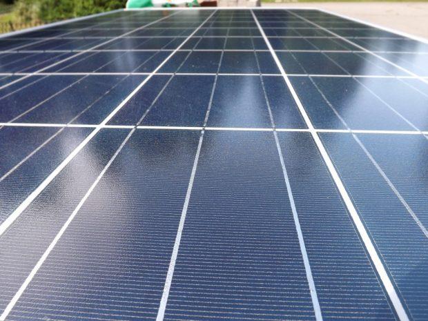 solar-panel-1982691_1920-620x465.jpg