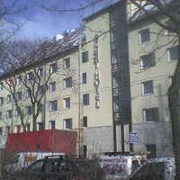 Friss hús! - Achat Premium Hotel Budapest tetőzés