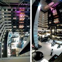 Sofitel hotel 8 emelet magas átriumának tetején