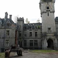 B.E.A.U.T.Y. 3/2 - Chateau Miranda / de Noisy kastély
