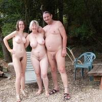 Nudista család