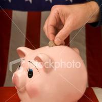 Obama béreket fagyasztott be...
