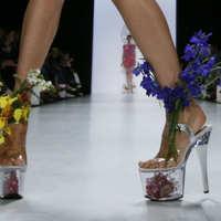 Extravagáns cipők...