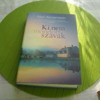 Az Újév első két könyve...