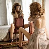 Ha  a nő a tükörbe néz...