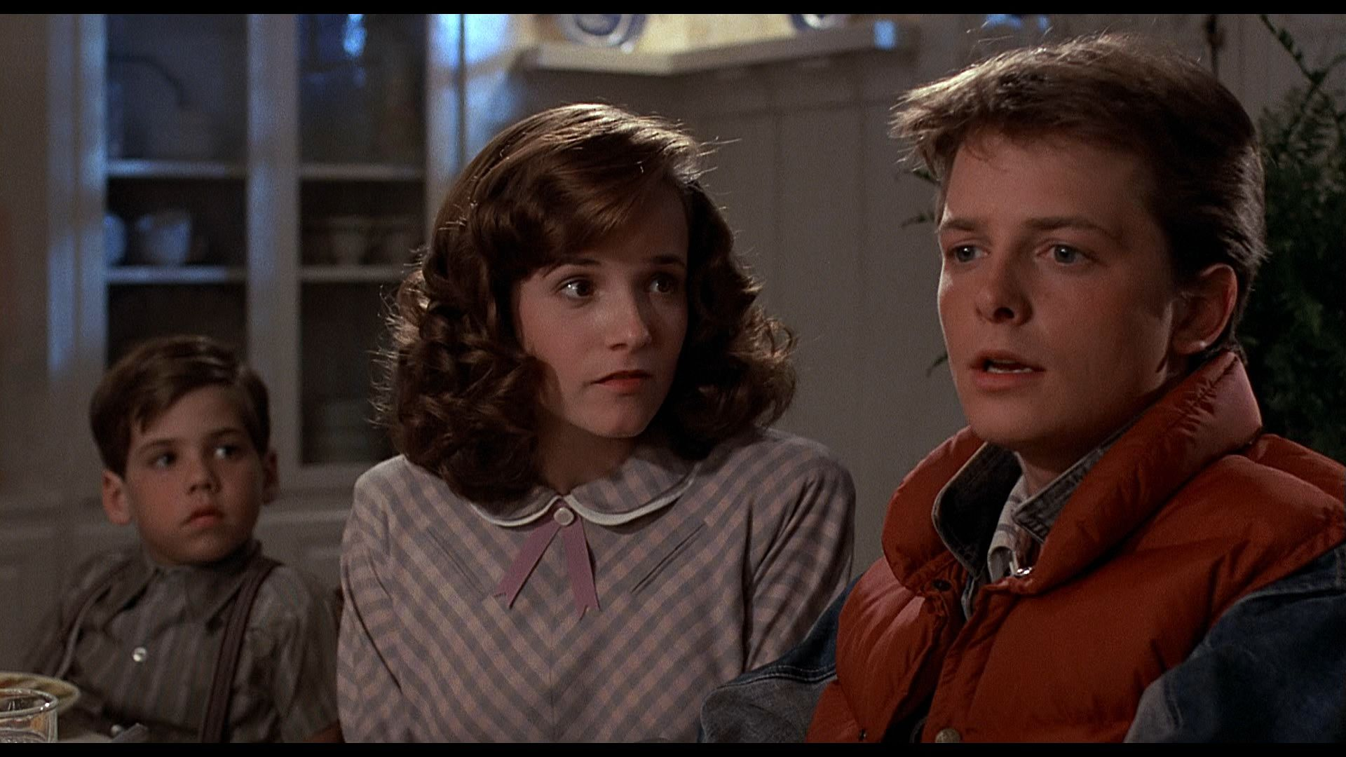 20-facts-about-back-to-the-future-1985-1990-that-will-blow-your-mind-image-via-wallpap-440035.jpg