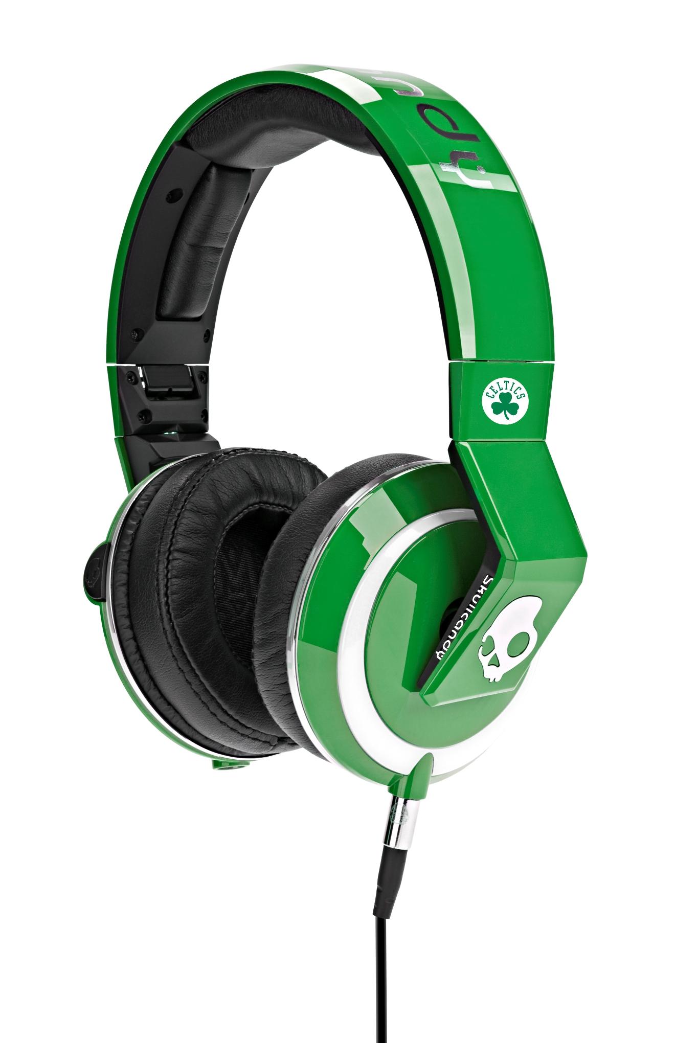 skullcandy-nba-mix-master-dj-headphones.jpg