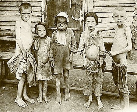 soviet_famine_children.jpg