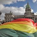 Argentínában legalizálták a homoszexuálisok házasságát