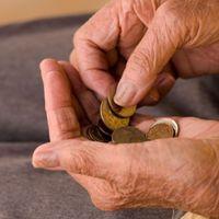 Így kérhetünk méltányossági nyugdíjemelést, illetve egyszeri segélyt