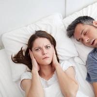 Így teheti tönkre életminőséged a horkolás