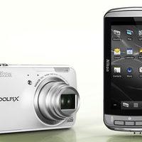 Nikon S800c - az első androidos fényképezőgép