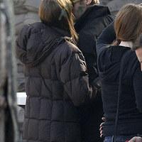 Budapesten csókol Brad Pitt