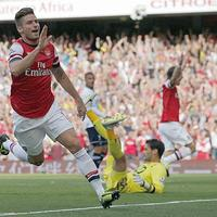 Giroud góljával az Arsenal legyűrte a Tottenhamet